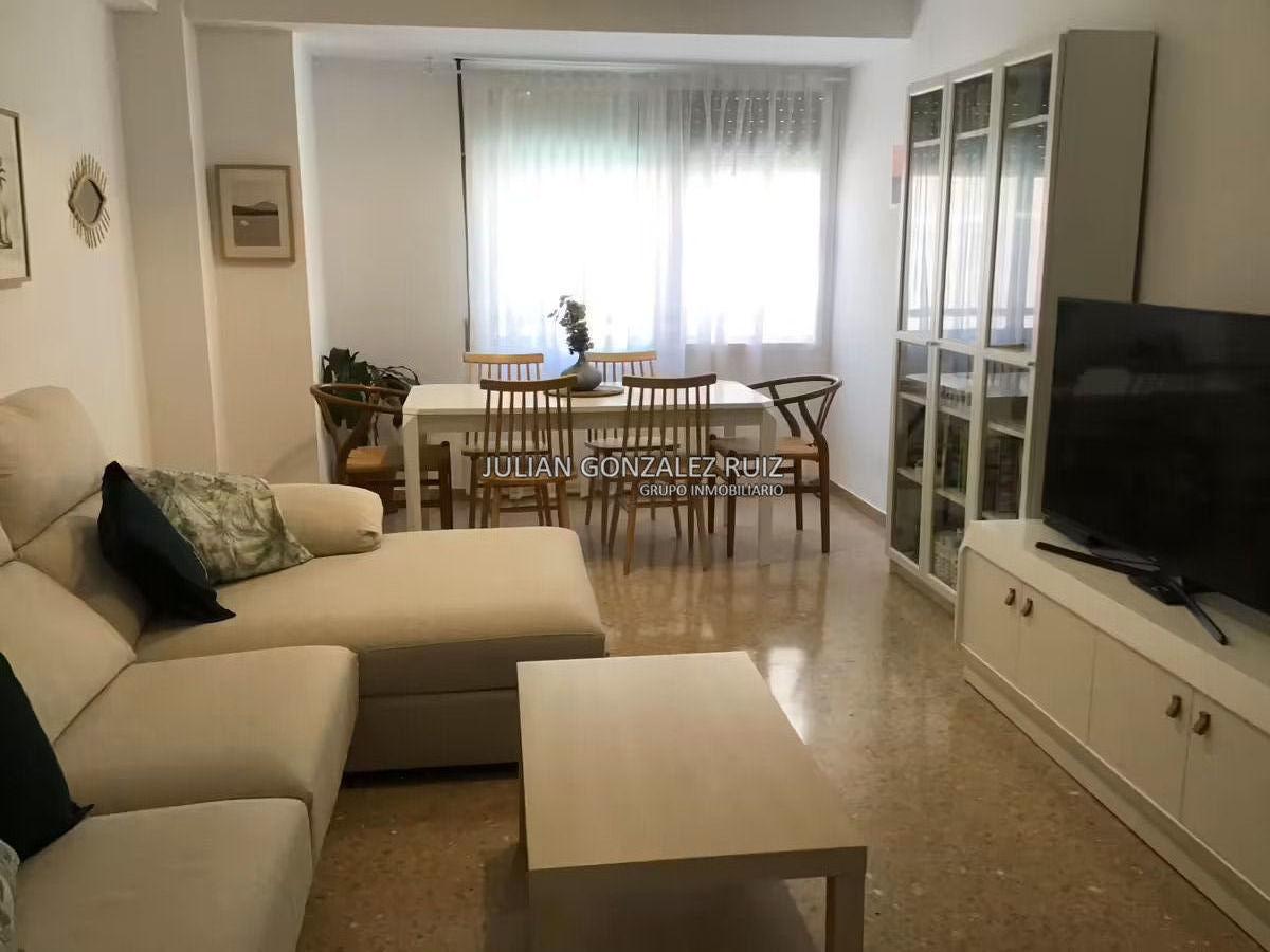 Piso de 90 m2 en venta en Castellón